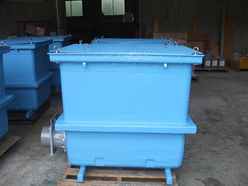 活魚槽(しらす運搬用)